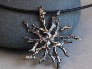 Winter Coral Medallion